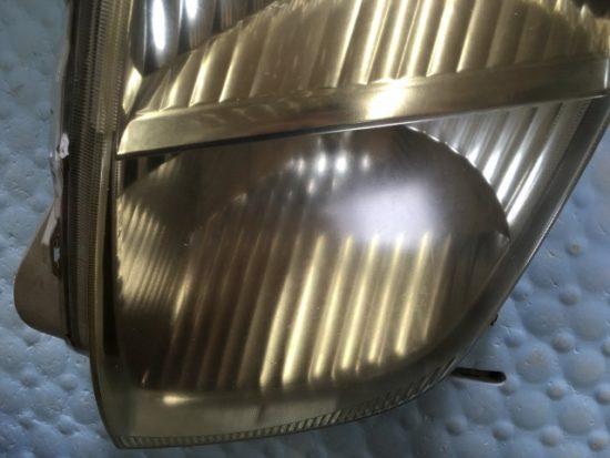 トヨタWILLのヘッドライト黄ばみの状態