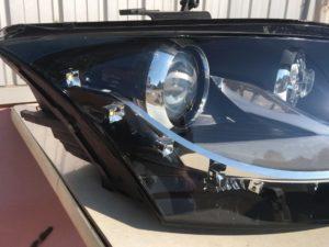 ヘッドライトクラックが発生しているアウディTTのヘッドライトリペア完成後の状態