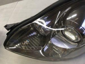 クラックと黄ばみを除去したレクサスSC430のヘッドライト