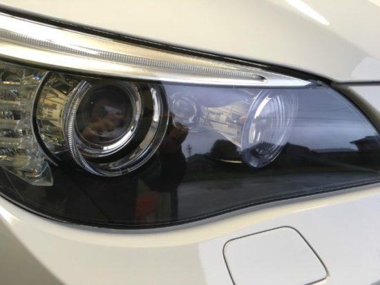 BMWのヘッドライト黄ばみのリペア後の状態