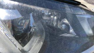 フォルクスワーゲンゴルフ7のクラックが発生したヘッドライト