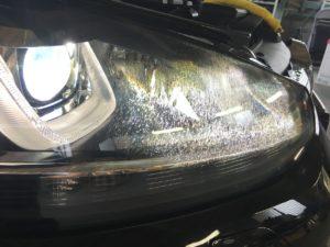 20190823VWゴルフ7のヘッドライトクラックの様子