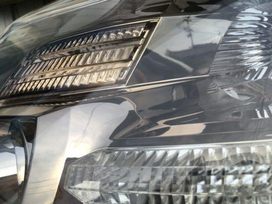 アルファード ヘッドライトクラック除去クリア塗装