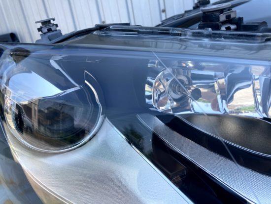 VWポロのヘッドライト黄ばみクラックリペアプロテクションフィルム施工 (8)